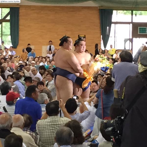 20150820 稀勢の里と若の里 相撲協会公式