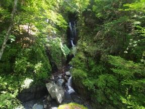 梅ケ島七滝 三段の滝