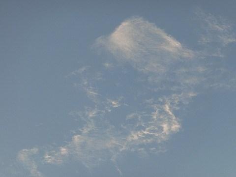 2015年7月27日撮影(帽子をかぶったネズミに見える雲)