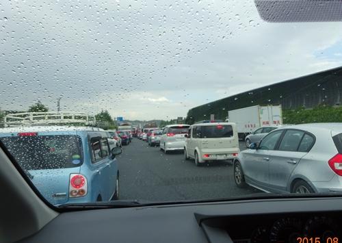 DSC02757東名東京料金所出口渋滞