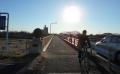 朝日を浴びる初雁橋