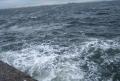 岸に寄せる波