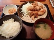 新橋 博多もつ鍋 やまや 新橋店 鶏の唐揚げ明太風味定食(2015/8/5)