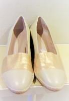 コルソ ローマ ノーヴェの靴