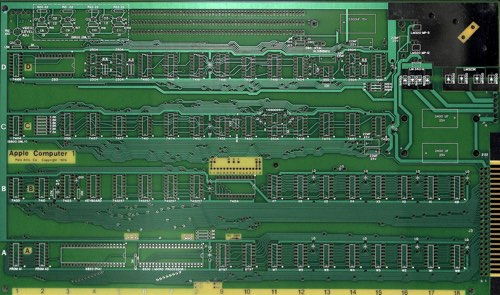 Apple1board.jpg