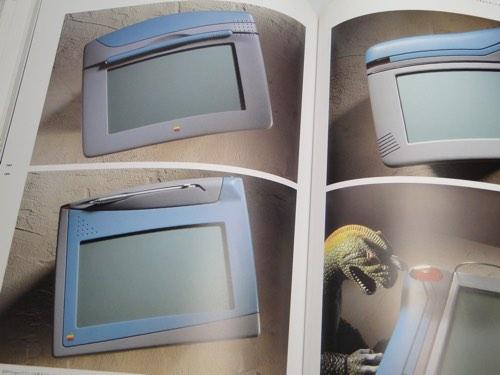jonyive_book_03.jpg
