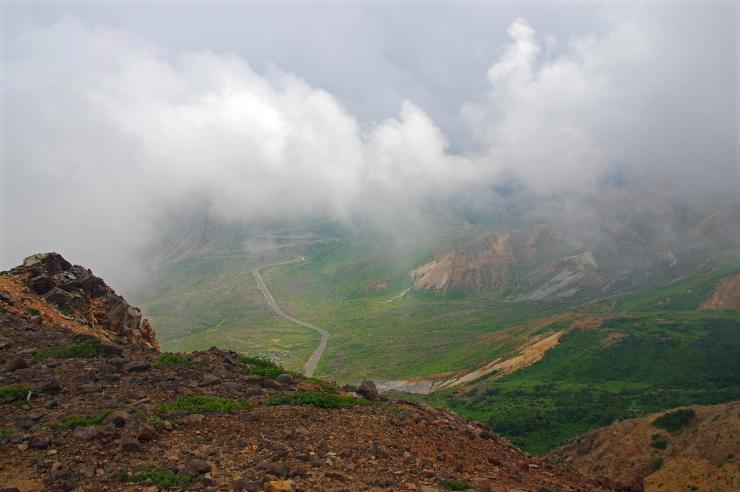 雲の生まれる谷