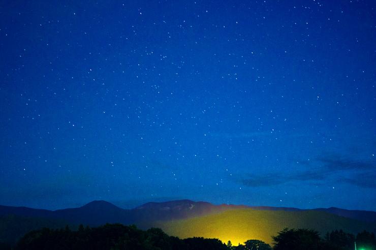 吾妻山麓の夜