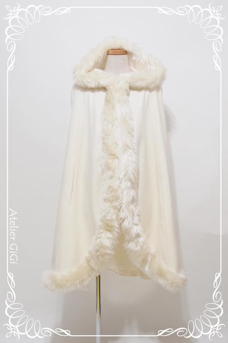 Elsa-SnowCape-1a.jpg