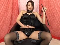 【桜井あゆ】M男にアナルバイブを突っ込みチンポを刺激する女王様