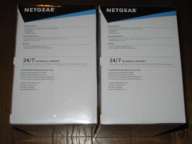 NETGEAR GS108-400JPS(GS108v4) パッケージ開封前側面 パッケージ内容(英語)