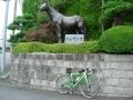 150712栗東トレセンのシンザン像