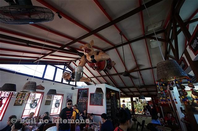 SHog Wild in Bali (9)