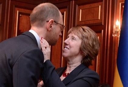 Catherine-Ashton-with-Western-coup-installed-PM-Arseniy-Yatsenyuk2.jpg