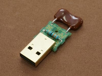 USBパワーコンディショナー内部画像
