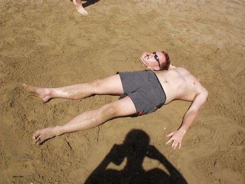 砂浜で首4