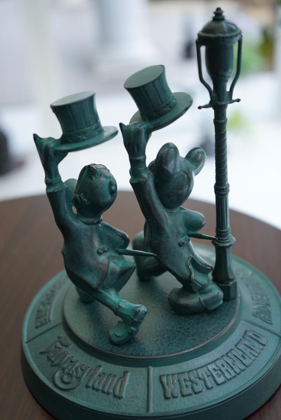 東京ディズニーランド 青銅ブロンズ像2