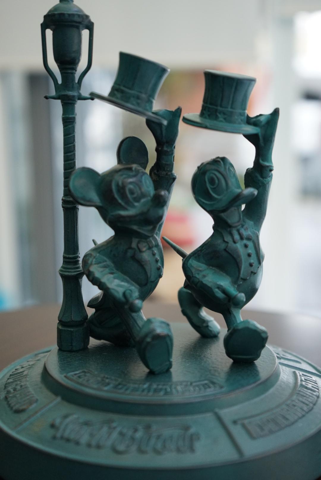 東京ディズニーランド 青銅ブロンズ像3