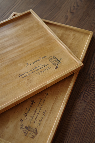 アンティーク風な木製ランチトレー