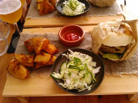 hanburger lunch