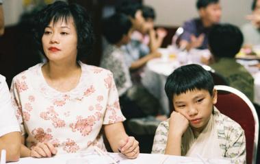 『イロイロ ぬくもりの記憶』 母親役はヤオ・ヤンヤン。どのキャラクターも味がある。
