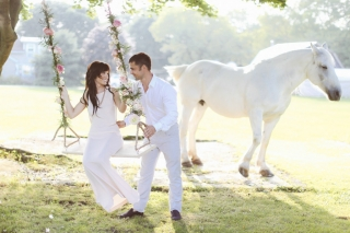 dream-wedding-with-white-horse.jpg