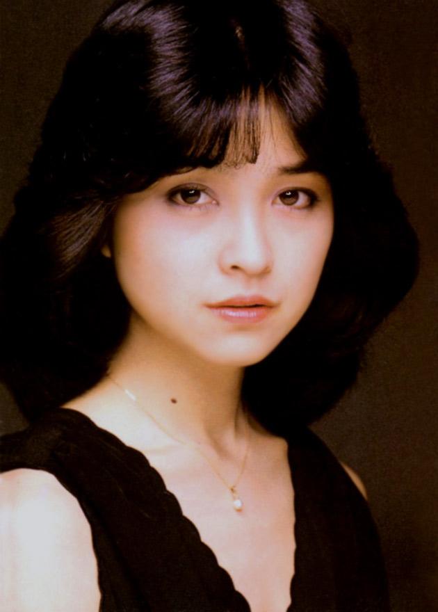 isikawa-hitomi033up.jpg