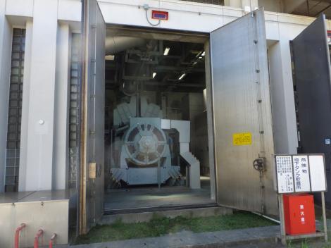 柳島管理センター・非常用自家発電設備