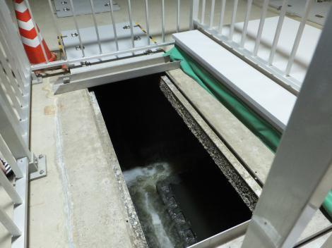 柳島管理センター処理施設・最初沈澱池
