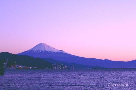 kako-vIJ5I5BAc5ZIvQ11富士山