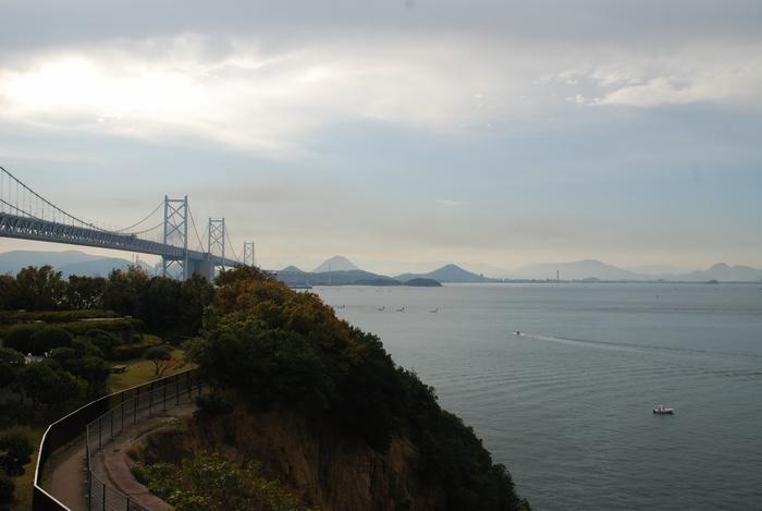 与島から瀬戸内海と瀬戸大橋と58