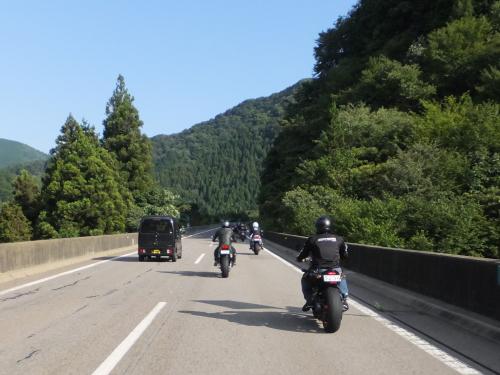 愛知県のツーリングクラブ 高山 甚五郎ラーメ21
