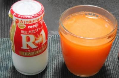 ジュース&R-1ヨーグルト