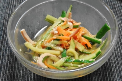 ハムと野菜のマリネ