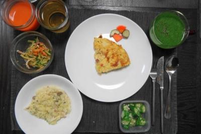リゾットとオムレツの夕食
