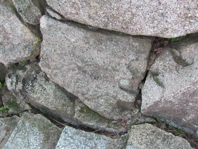 二本松城矢穴5