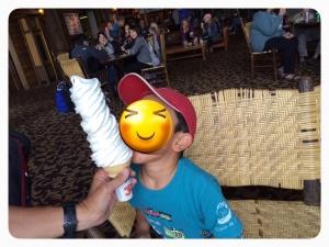 巨大ソフトクリーム!!!