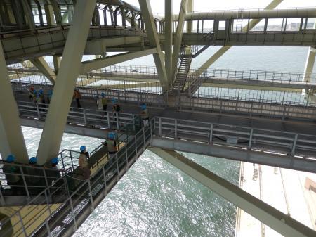 ブリッジワールドツアー 橋の下#2