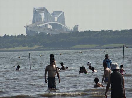 葛西海浜公園で海水浴