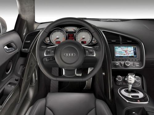 2007-Audi-R8-Interior