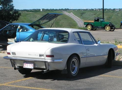 Studebaker-Avanti-1963_02