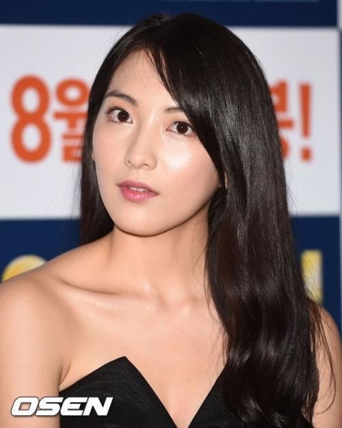知英(ジヨン)、「日本俳優の方々の助けが大きかった、本当に温かい国」