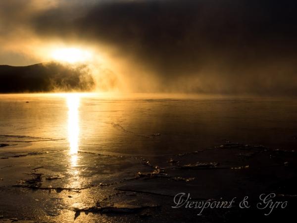 山中湖の朝靄 C