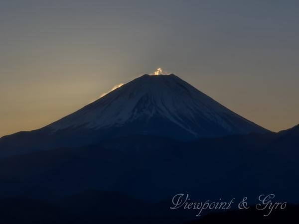 高下から見た富士山 A