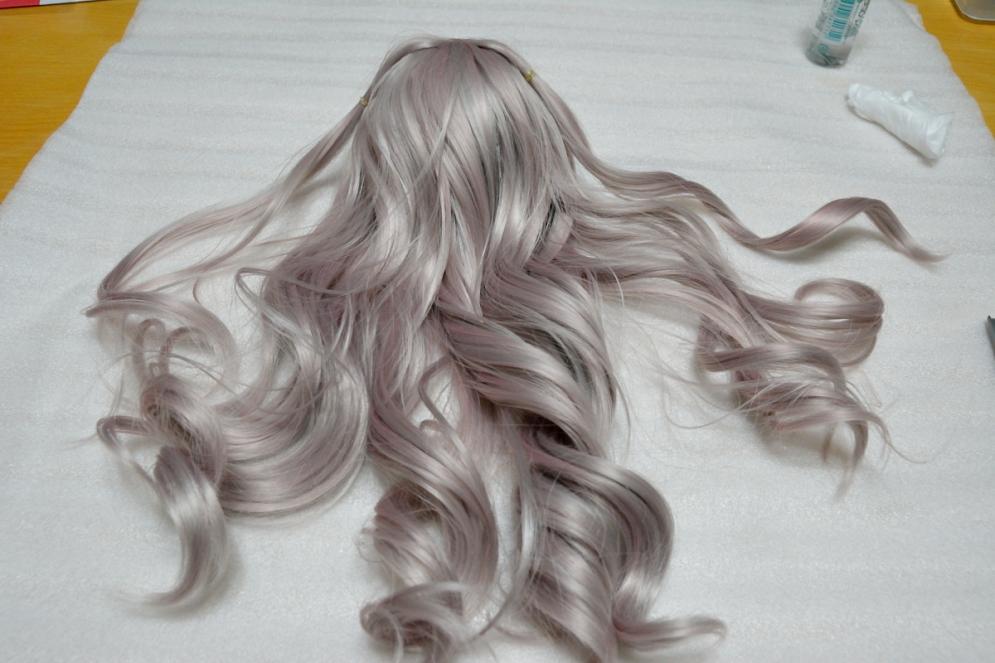カールウィッグに洗剤系整髪料_001