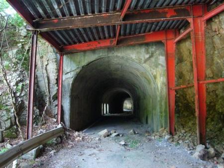 平瀬隧道02