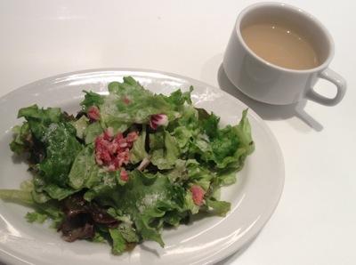 サラダ・牡蠣スープ
