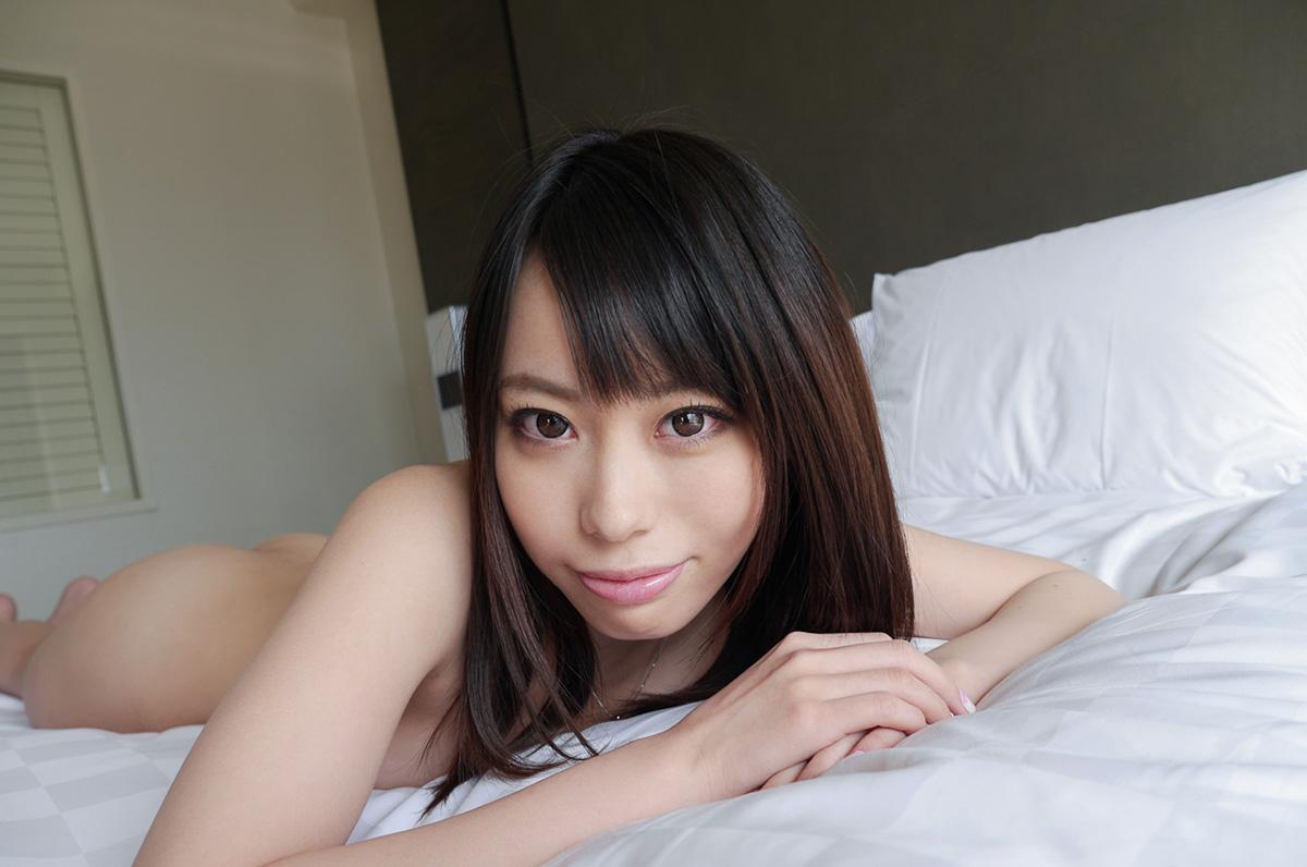 【No.23426】 見つめる / 川菜美鈴