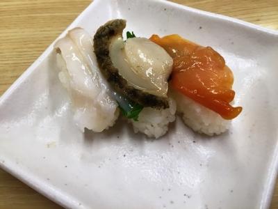 150620スシロー 江坂店400店舗達成記念の貝の3貫盛り180円つぶ貝、あわび、赤貝