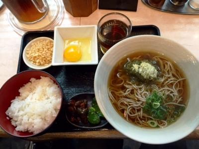 150702汐屋新大阪駅店日替り麺セット380円卵かけごはんと昆布そば